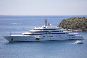 L'Eclipse di Abramovich al largo di Ragusa (Dubrovnik)