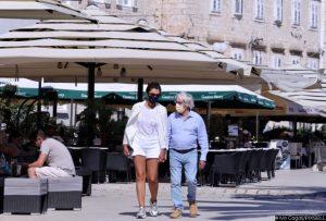 06.08.2021.,Trogir - Bernie Ecclestone u drustvu supruge Fabianom prosetao Trogirom. Photo: Ivo Cagalj/PIXSELL